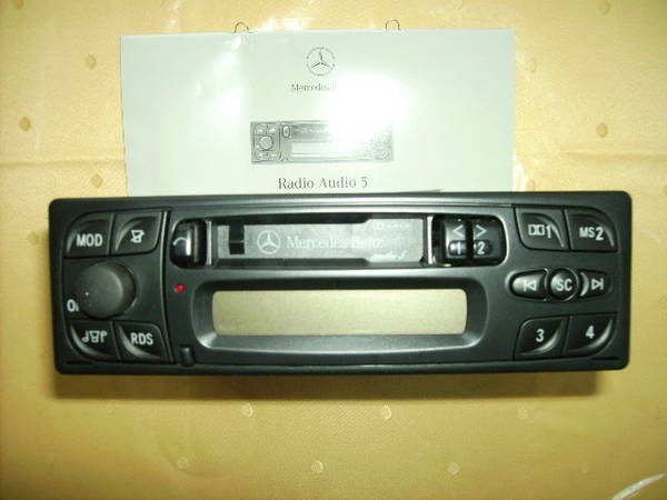 autoradio-mercedes-benz.jpg